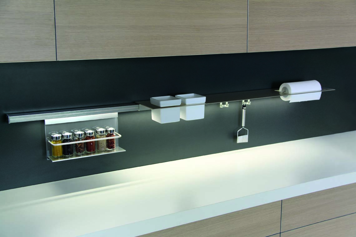 Stark sottopensile friulana accessori - Barra attrezzata cucina ...